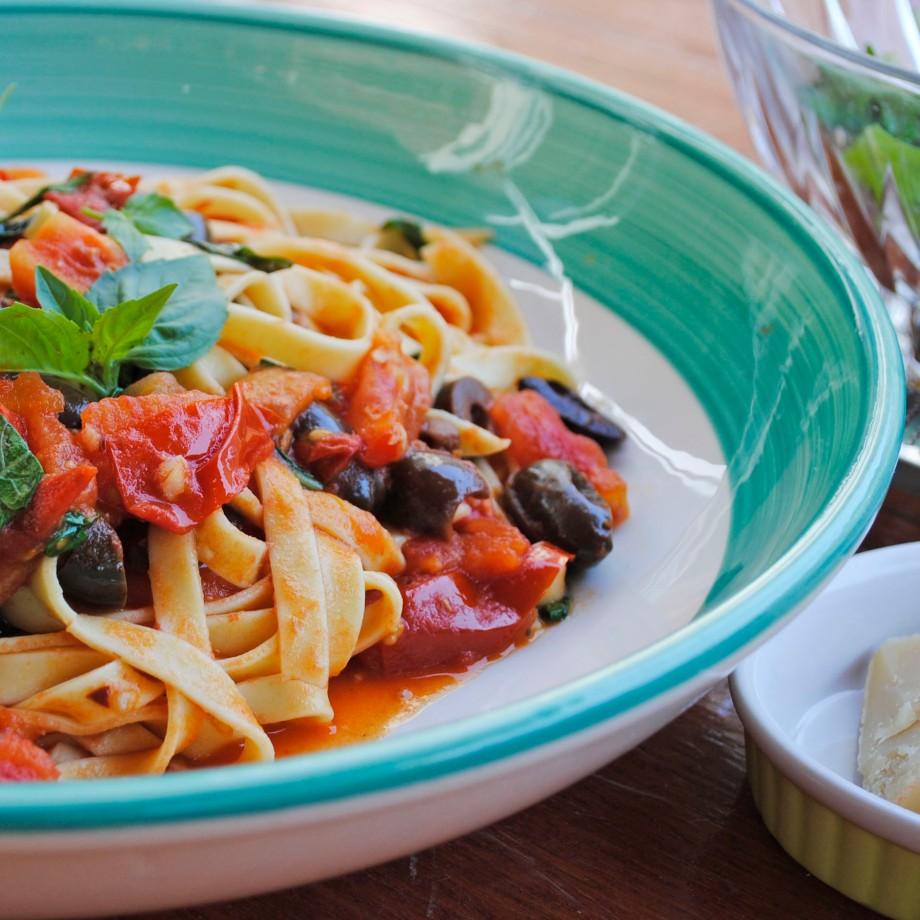 plate of pasta puttanesca2_square