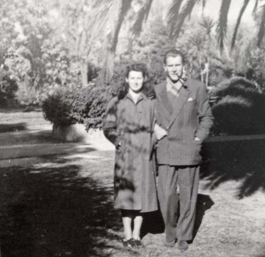 mamma e papa' in Albury 1950
